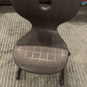 Small Kids Desk Chair for Sale in Everett, WA