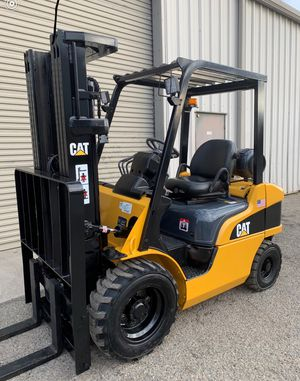Caterpillar P5000 Pneumatic Forklift for Sale in Fresno, CA