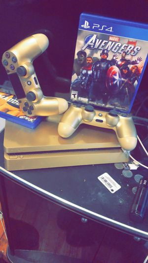 PS4 for Sale in Sterling Heights, MI