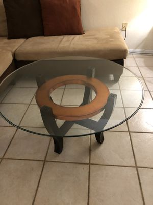 Glass coffee table for Sale in Miami, FL