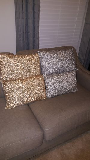 Decor pillows for Sale in Glen Burnie, MD