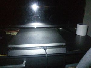 Ps4 1tb want a new phone so ill trade for Sale in Columbia, MD