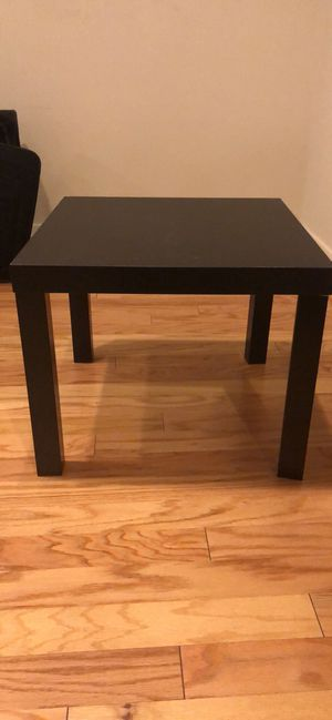 End table for Sale in Baltimore, MD