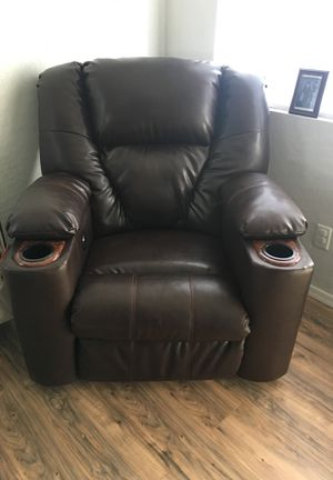 Electric Recliner from Ashley's Furniture for Sale in Laveen Village, AZ