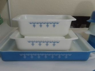 Pyrex Snowflake Garland Lasagna Pan for Sale in San Dimas,  CA