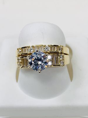 14 k gold woman ring made in Italy ( MMR01) for Sale in Dallas, TX