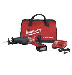 BRAND NEW Milwaukee M18 FUEL 18-Volt Lithium-Ion Brushless Cordless SUPER SAWZALL Orbital Reciprocating Saw Kit w/(1) 12.0 Ah Battery for Sale in Miami, FL