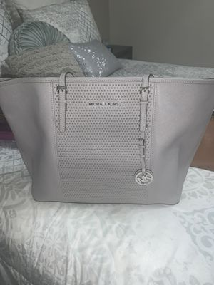 Michael Kors Tote for Sale in Queens, NY