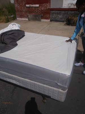 Brand new nectar queen-size plush bed for Sale in East Lansdowne, PA