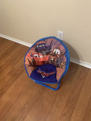 Cars, chair for kids like new for Sale in Dallas, TX