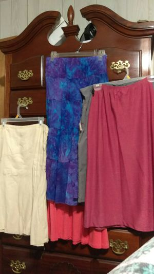 Box of Young Lady Clothes for Sale in Fort Worth, TX