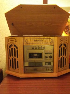 Sylvania Record/Tape/CD Player & Radio for Sale in Madison Heights, MI