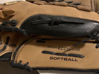 Softball Glove for Sale in Auburn,  WA
