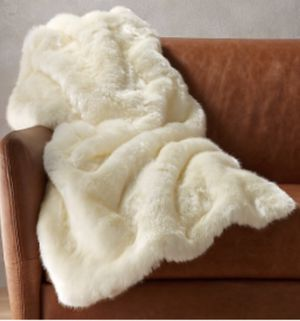 White faux fur cb2 throw blanket 48x80 for Sale in Los Angeles, CA