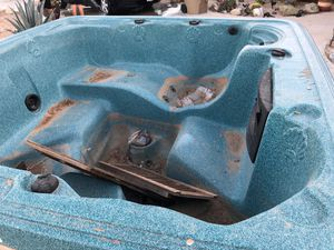 Hot tub for Sale in Hesperia, CA