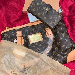 Louis Vuitton Women's Bag & Pocket Book for Sale in Murfreesboro,  TN