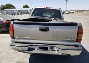 2002 CHEVY SILVERADO 5.3L FOR PARTS — 90 DAY WARRANTY ENGINE AND TRANS WE DELIVER for Sale in Los Angeles, CA