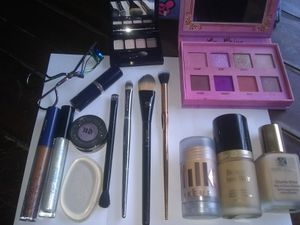 High End Bundle Of Makeup for Sale in San Gabriel, CA