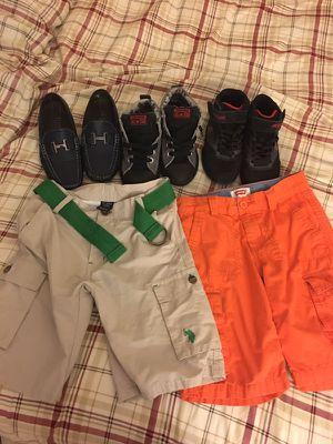 Ropa d niño y zapatos for Sale in Lakeland, FL