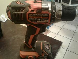 RIDGID 1/2 HAMMER DRILL 18 VOLTS with good strong battery for Sale in Bell Gardens, CA