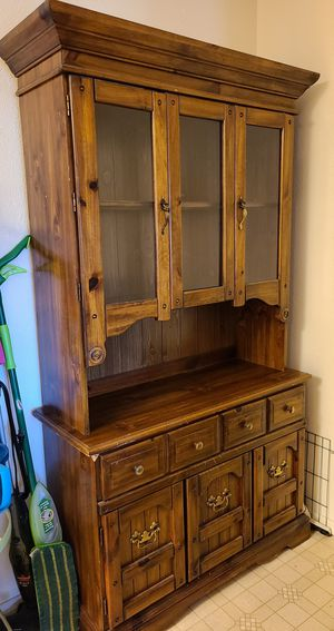 China hutch for Sale in Payson, AZ