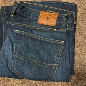 Lucky Brand Men's Jeans 36x32 329 Classic Straight for Sale in North Bend, WA
