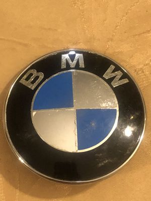 BMW E60 E70 E82 E65 E90 82MM FRONT HOOD EMBLEM LOGO BADGE 51148132375 OEM #652 for Sale in Boston, MA