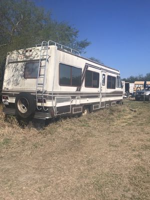 Free motorhome....come & get it! It's right outside of Falfurrias. for Sale in Portland, TX