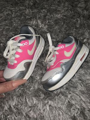 Toddler Nike air max for Sale in Anaheim, CA