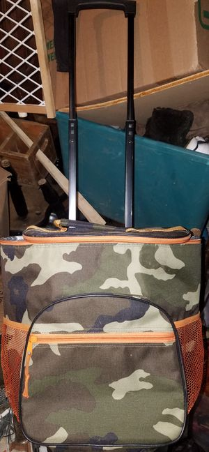 CAMOUFLAGE CARRY/ 2 WHEEL COOLER for Sale in Haverhill, MA