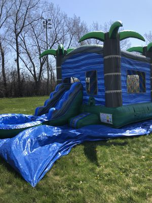 3 in 1 Bouncy House Slide Pool for Sale in Chicago, IL