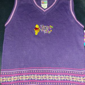 Girl's Pooh Sweater Vest (Size 14) for Sale in Springfield, PA