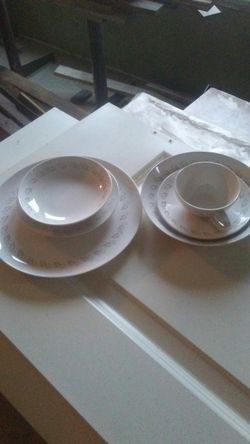 6 piece place setting for Sale in Aberdeen,  WA