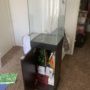 15 gallon aquarium for Sale in Fresno, CA