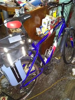 Ezip MTN Trails Electric Bicycle for Sale in Seattle,  WA