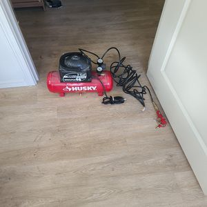 Husky 2gal. 100psi Air Compressor. for Sale in Damascus, OR