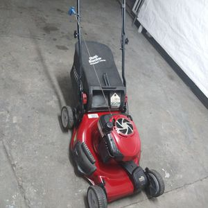 Craftsman lawn mower for Sale in South Gate, CA