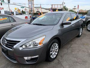 2014 Nissan Altima MUY FÁCIL DE LLEVAR for Sale in Long Beach, CA