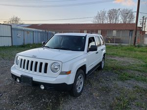 Jeep Patriot 2015 for Sale in Los Angeles, CA