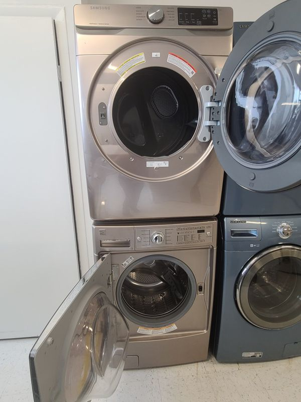 Kenmore front load washer used and Samsung dryer new scratch and dents with 4month's warranty