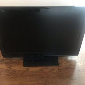 Toshiba Flat Screen TV 40' for Sale in Barrington, IL