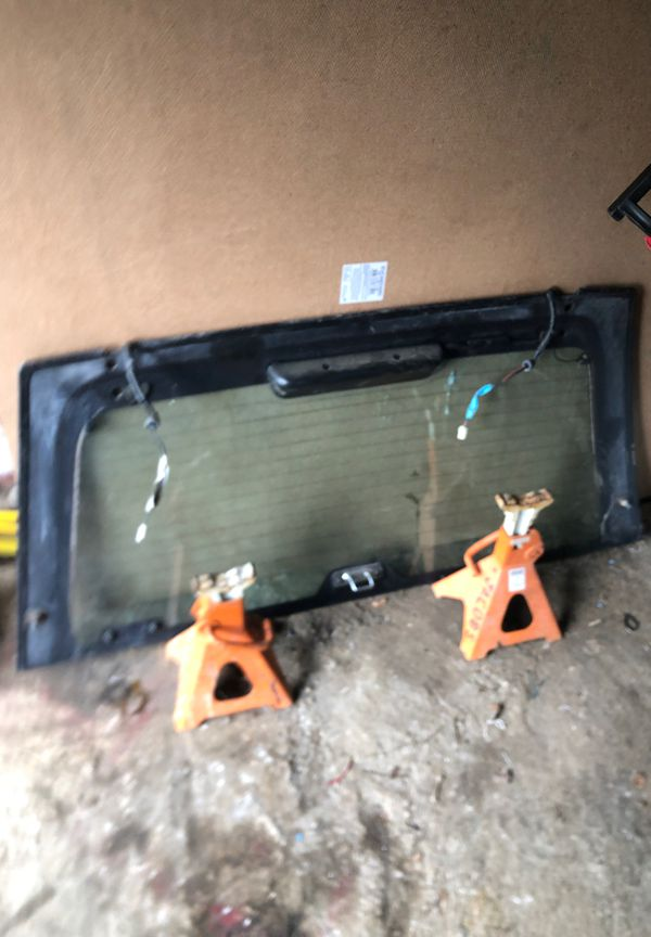 isuzu rodeo rear window