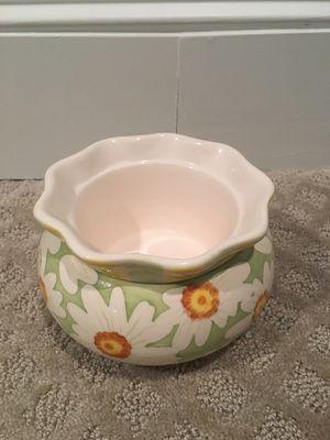 Ceramic daisy flower pot for Sale in Canton, MA