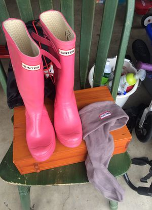 Hunter rain boots pink for Sale in Encinitas, CA