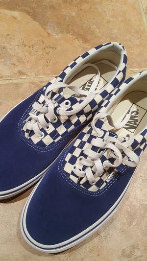 Men VANS Suede & Canvas Sneakers SIZE 9.5 D for Sale in Willingboro, NJ