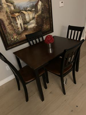 Gorgeous farmhouse kitchen dining table with 4 chairs for Sale in Peoria, AZ