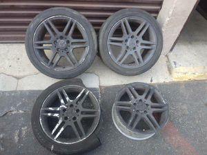 AMG 17 aluminum Mercedes wheels. Need repair for Sale in Montebello, CA