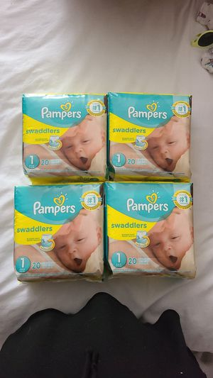 Pampers Size 1 Baby Diapers for Sale in Grand Prairie, TX