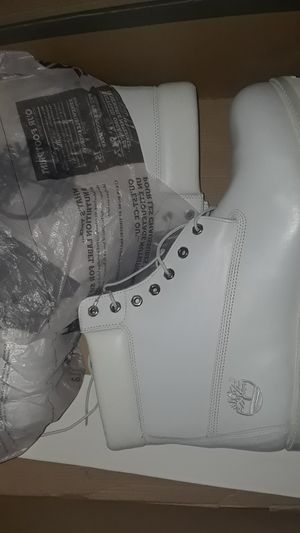 Authentic Waterproof White Timberlands for Sale in Detroit, MI