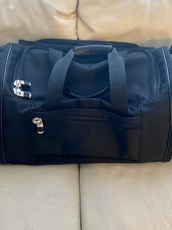 Expandable Duffle Bag— Great Condition for Sale in SeaTac,  WA